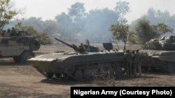 L'armée nigérianne à l'assault d'un campement de Boko Haram dans la forêt de Sambisa (Photo, armée nigérianne)