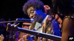 Músico moçambicano Stewart Sukuma