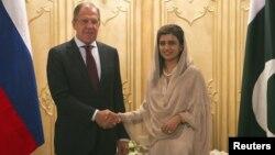 Сергей Лавров и Хина Раббани Кхар. Исламабад. 4 октября 2012 г.