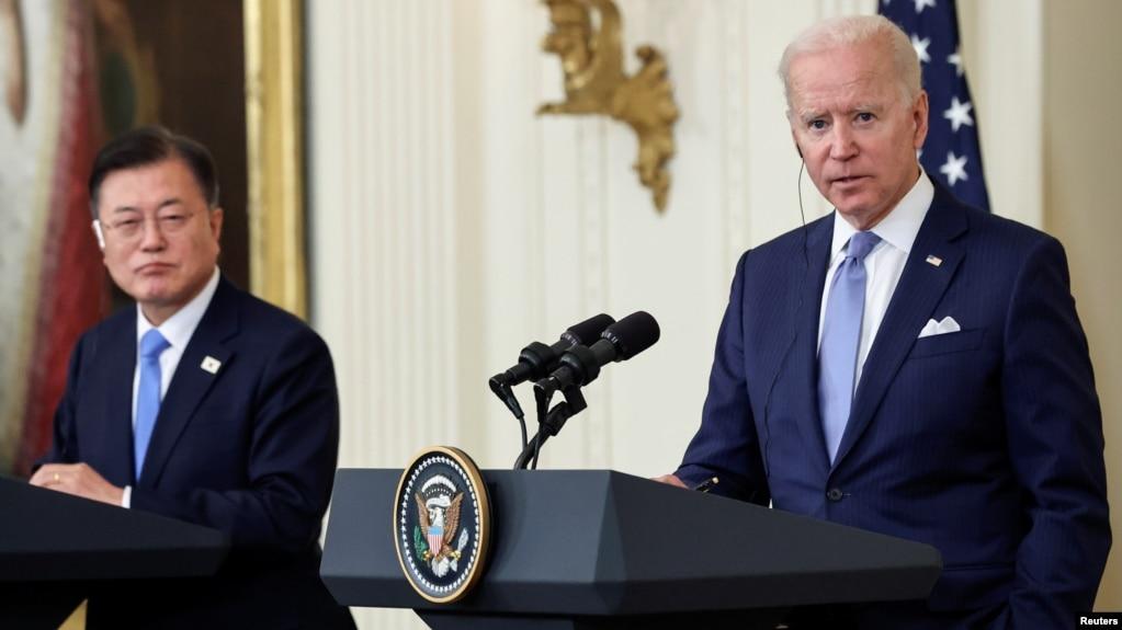 美国总统拜登和韩国总统文在寅2021年5月21日在白宫会谈后举行共同记者会。(photo:VOA)