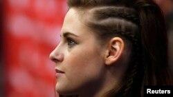 """La actriz Kristen Stewart en la premiere de la película """"Camp X-Ray"""" en el Festival de Cine Sundance. Park City, Utah, enero 17, 2014."""