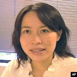 法轮功电视节目主持人雪莉.张(音译)