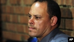 Ông Hilton Botha, trưởng toán điều tra trong vụ án của Oscar Pistorius, đã được thay thế