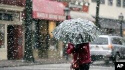 雪暴襲擊美國首都