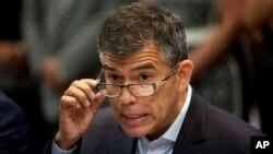 El excandidato Julio Guzmán asegura que nunca se ha rendido y que van a continuar en la lucha porque no pierde las esperanzas de que se posterguen las elecciones en el Perú