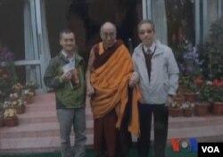 香港藏漢友誼協會會長李慨俠與達賴喇嘛