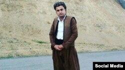 تحسین دادرس، زندانی سیاسی کرد