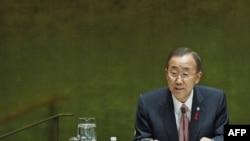 Generalni sekretar Ujedinjenih nacija Ban ki-Mun govori na konferenciji o globalnoj borbi protiv side