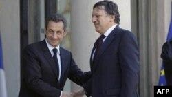 Президент Франции Николя Саркози и председатель Еврокомиссии Жозе Мануэль Баррозу