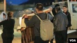 Prizren camp for Albanian quake survivors