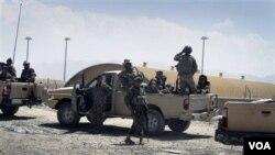 Plizyè Moun Mouri nan yon Ayewopò nan Afganistan