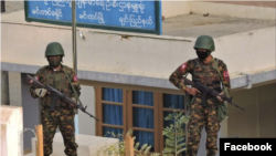 Regime soldiers guarding outside the Public Health Department at Mindat in early May (Photo credit: Chin Human Rights Organization/ Facebook)