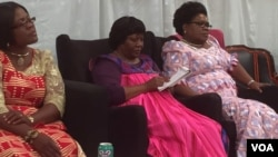 UNkosikazi Joice Mujuru leyinye inkokheli yamabandla ezombusazwe aphikisa ele Zanu PF basemhlanganweni weWomen's Electoral Convergence.