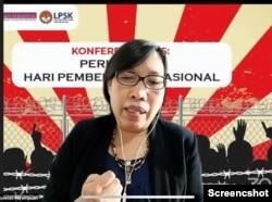 Komisioner Komnas Perempuan, Theresua Iswarini, dalam konferensi pers peringatan Hari Pembela HAM Nasional, Selasa 7 September 2021. (Anugrah Andriansyah).