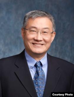 美籍华裔经济学家、美国三一学院经济系终身教授文贯中(文贯中提供)