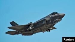 미 공군의 최첨단 스텔스 전투기 F-35A '라이트닝 Ⅱ' (자료사진)