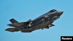 일본이 미국으로부터 도입할 예정인 록히드마틴사 제작 F-35A 전투기. (자료사진)