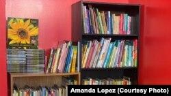 肯塔基州圖書館一角落兒童書籍。