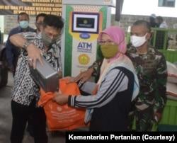 ATM beras. (Foto: Kementerian Pertanian)