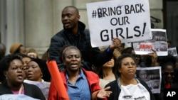 在英國的尼日利亞人也譴責綁架女學生事件