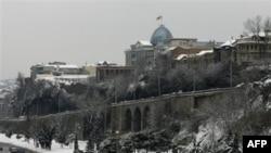 Тбилиси. Грузия. Вид на Президентский дворец. 13 февраля 2010 года