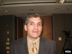 拉斐尔·希梅诺(Rafael Jimeno),达图姆政策分析机构拉美问题学者 (美国之音申华拍摄)