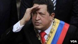 Foto Presiden Venezuela Hugo Chavez, sebelum menjalani Kemoterapi awal tahun 2011 (foto:dok).