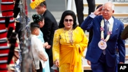 Ông Najib Razak và vợ (ảnh tư liệu, tháng 11/2017)