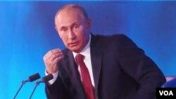 普京在去年年底的莫斯科新聞發布會上。
