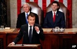 Francuski predsdnik Emanuel Makron govori na zajedničkom sastanku domova Kongresa na Kapitol hilu, Vašington, 25. aprila 2018.