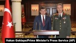 نخست وزیر ترکیه یگان های مدافع خلق را به بمب گذاری در آنکارا متهم کرد