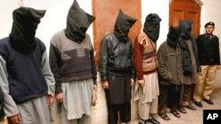 زیرحراست مشتبہ دہشت گردوں کے لیے سخت سزاؤں کا مطالبہ