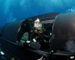 水下作业的海豹队员