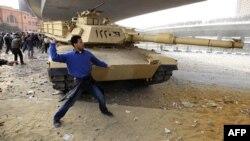 На площади Тахрир 3 февраля 2011г.