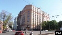 乌克兰不想输掉宣传战。位于莫斯科的俄罗斯主要对外广播机构,俄罗斯之声广播电台大楼。(美国之音白桦拍摄)