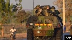 Blindés francais au Mali