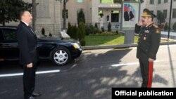 Prezident İlham Əliyev və müdafiə naziri Zakir Həsənov