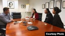 Ketua PARFI baru Marcella Zalianty dan Ray Sahetapy melakukan pertemuan dengan perwakilan dari SAG-AFTRA. (Foto courtesy: Marcella dan Ray)