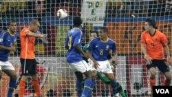 Wesley Sneijder pou La Oland ki bay yon gòl