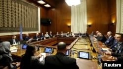 Встреча между спецпосланником ООН по Сирии Стаффаном де Мистурой и делегацией сирийского правительства, возглавляемой Башаром Джаафари