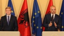 Integrimi, takime periodike Tiranë-KE