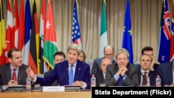 Američki šef diplomatije na sastanku u Rimu, 2. februar 2016.