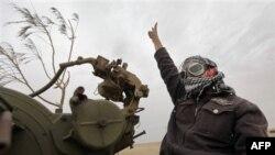 Phe nổi dậy Libya ở vùng ngoại ô Ajdabiya, Libya, 20/4/2011