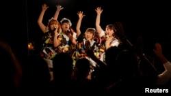 Members of pop group Pottya perform at a live theatre in Tokyo, Japan, Nov.10, 2016.
