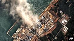 受到地震和海啸破坏的福岛核电厂