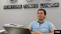 Ahmet Bastonlu, Suriyel mülteci girişimci tarafından kurulan işletmede çalışan Türkler arasında.