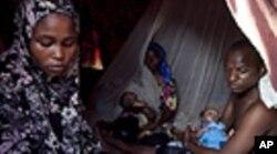 Maryan Jamal Ali deu à luz no acampamento de Sayidka , nos arredores de Mogadixo.