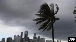 Yadda Iskar Isaias ta sauya yanayi jihar Florida
