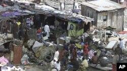 Mpape, salah satu kawasan kumuh besar dekat salah satu kawasan paling elit di Abuja rencananya akan digusur (foto: Dok).