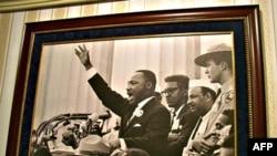 数百万人在电视上观看了马丁.路德.金的演讲
